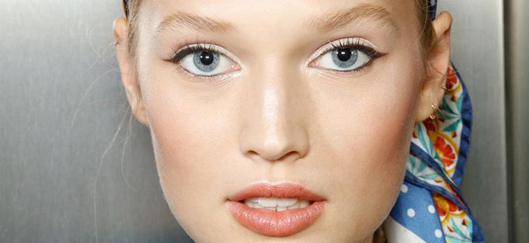 maquillar los ojos