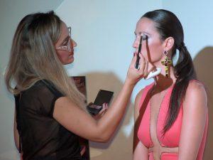 pincel-maquillaje-iluminar