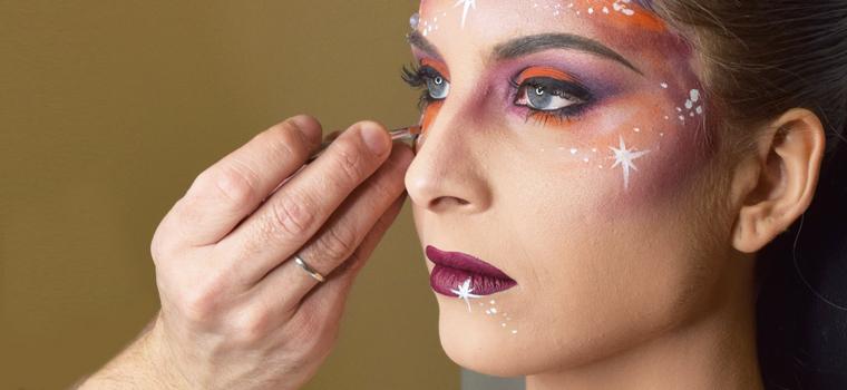45ffb5bb7 Consejos para profesionales: promoción de productos para maquillaje de  Carnaval