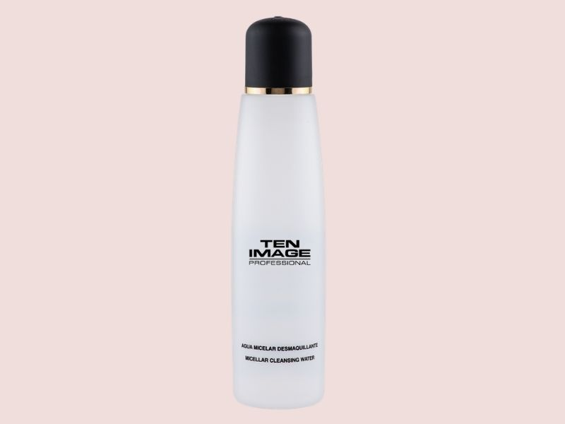 limpiar-rostro-agua-micelar